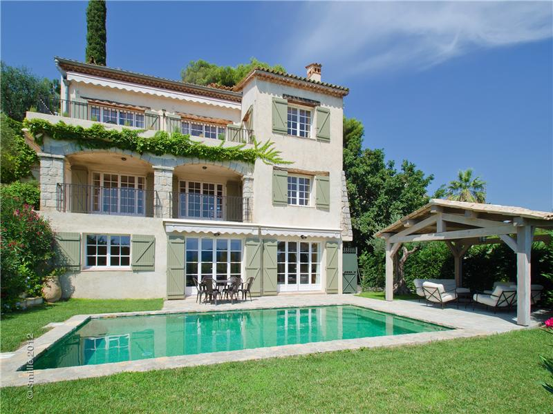 Single Family Home for Sale at Gated Domain - Panoramic view Mougins, Provence-Alpes-Cote D'Azur 06250 France