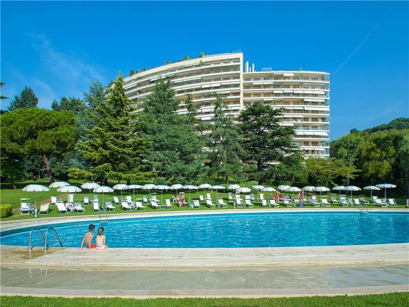 Apartman Dairesi için Satış at Apartment in a prestigious residency of La Califor Cannes, Provence-Alpes-Cote D'Azur 06400 Fransa