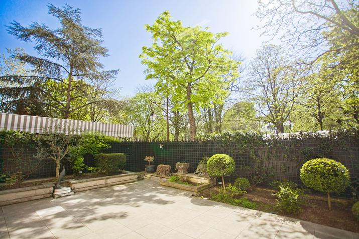 Property Of Duplex with garden - Bois de Boulogne