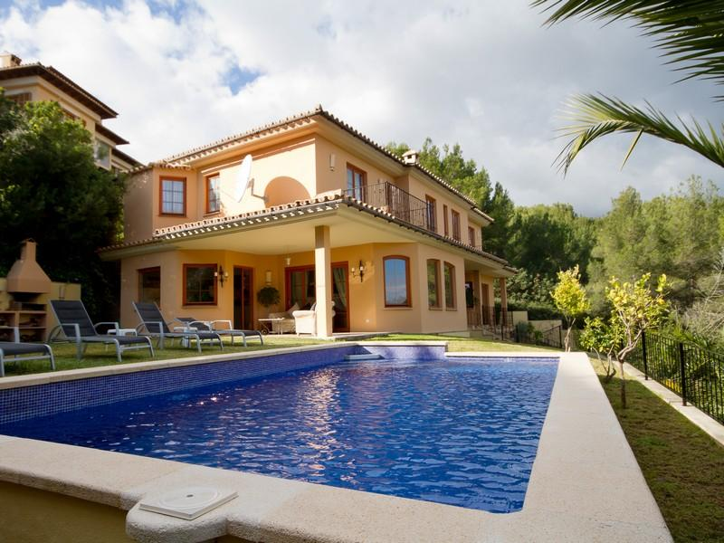 Single Family Home for Sale at Luxury High Quality Villa in Bendinat Bendinat, Mallorca, 07181 Spain