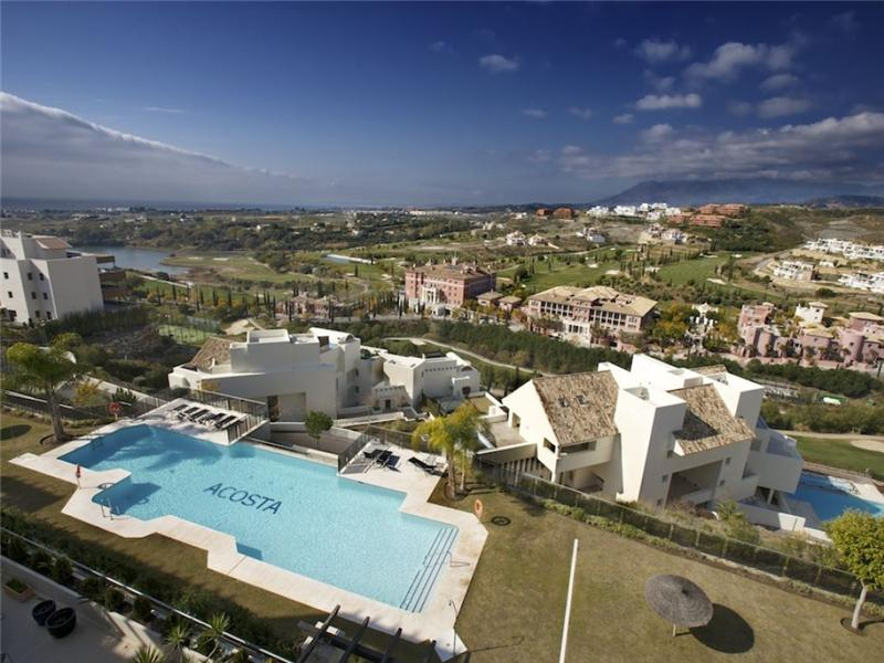 Appartement pour l Vente à Wonderful duplex in golf area Benahavis, Costa Del Sol 29679 Espagne