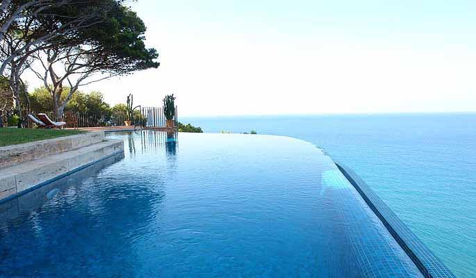 단독 가정 주택 용 매매 에 Unique villa on the cliff close to Sa Riera and Pl Begur, Costa Brava 17255 스페인