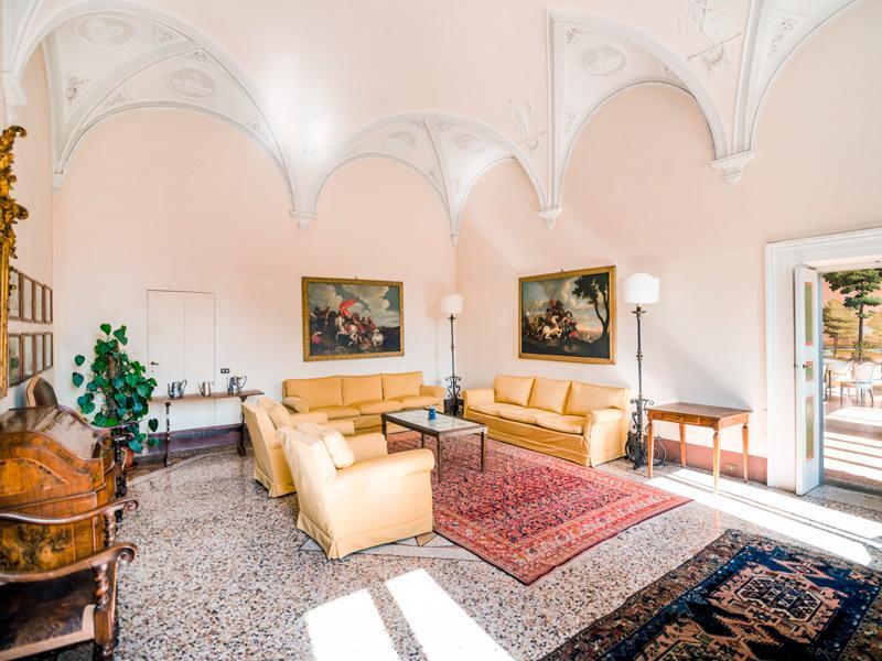 Property Of Prestigious historic mansion in Lucca