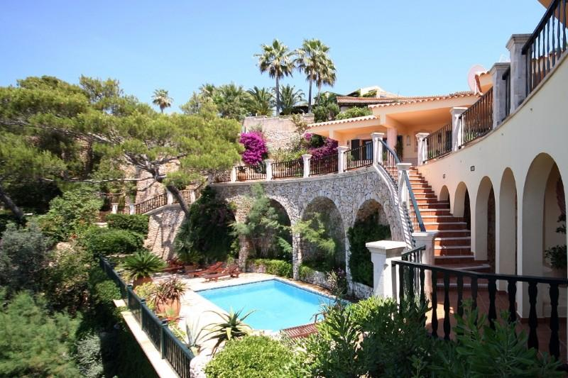 Property Of Frontline Villa with sea access in Bon Aire
