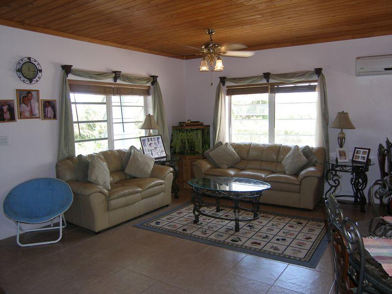 Additional photo for property listing at Tranquility Bay Home . Governors Harbour, Eleuthera 0 Bahamas