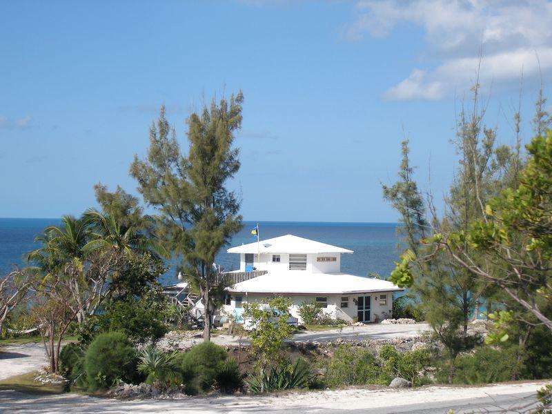 Additional photo for property listing at Incoming Producing Duplex Rainbow Bay, Eleuthera Bahamas