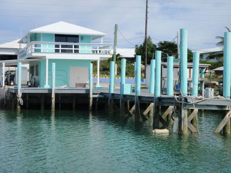 Single Family Home for Sale at Boater's Dream! Living, Storage & Private Dock Spanish Wells, Eleuthera Bahamas
