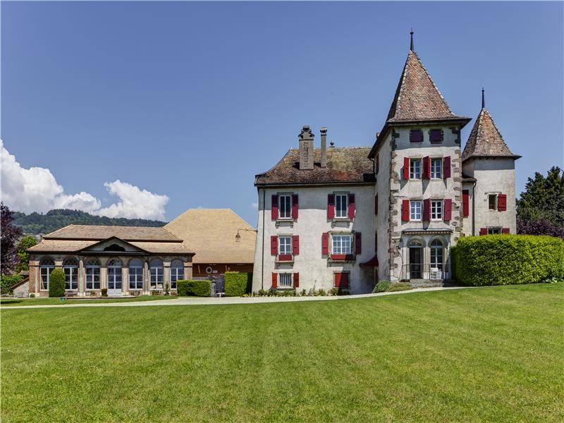 Single Family Home for Sale at Splendid 17th-century castle on La Côte Other Vaud, Vaud 1166 Switzerland