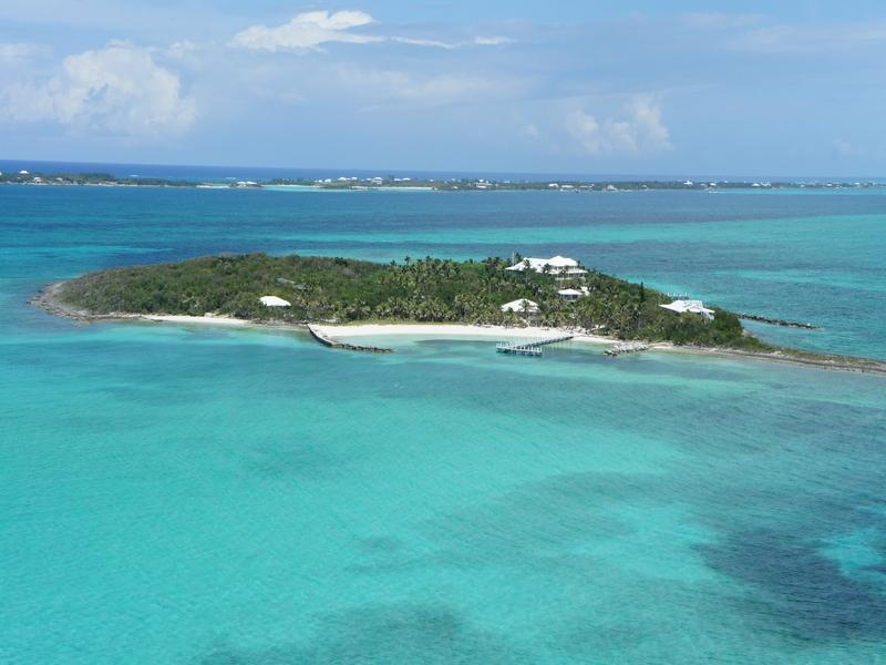 Private Island for Rent at Foot's Cay Guana Cay, Abaco . Bahamas
