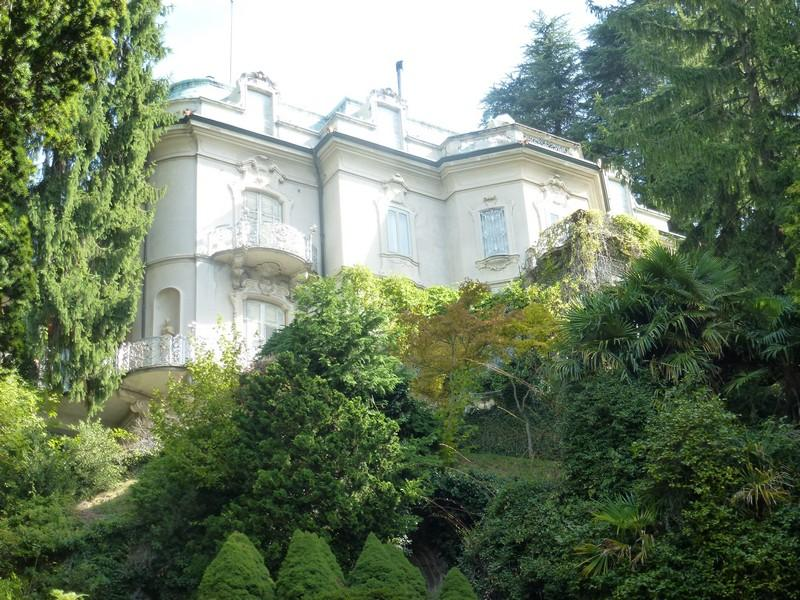 Additional photo for property listing at Prestigious period villa overlooking Lake Como Brunate Como, Como 22034 Italien