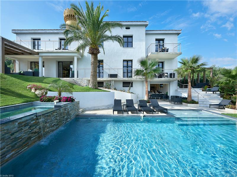 Other Residential for Sale at Villa Chateau Cannes, Provence-Alpes-Cote D'Azur 06400 France