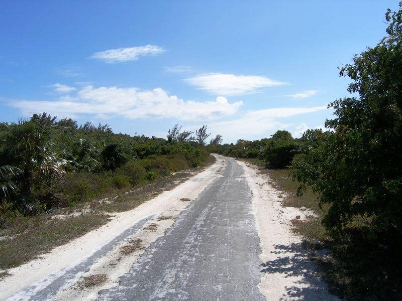 Additional photo for property listing at Two Adjacent Waterfront Lots on Windermere Island Windermere Island, Eleuthera Bahamas