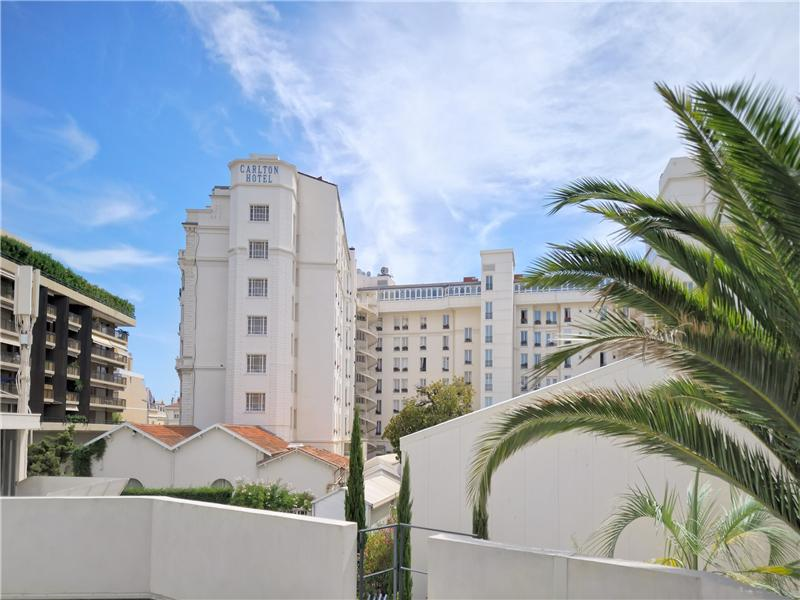 Property Of Croisette - 3 bedrooms apartment