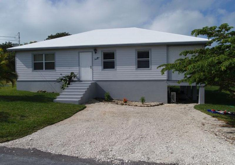 Vivienda unifamiliar por un Venta en Single Family Home with water access Russell Island Spanish Wells, Eleuthera 0 Bahamas