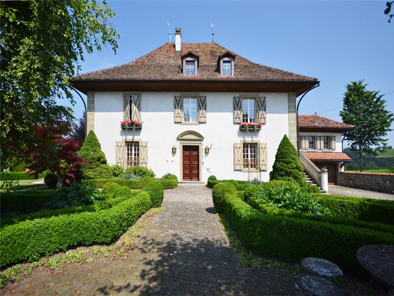 Single Family Home for Sale at Le Château Tschüpru Other Fribourg, Fribourg 1734 Switzerland