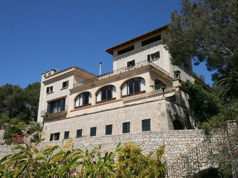 Property Of Finca Mit Blick Auf Die Bucht Von Palma