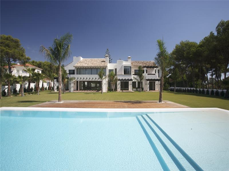 Single Family Home for Sale at Front-line golf in Guadalmina Marbella, Costa Del Sol 29670 Spain