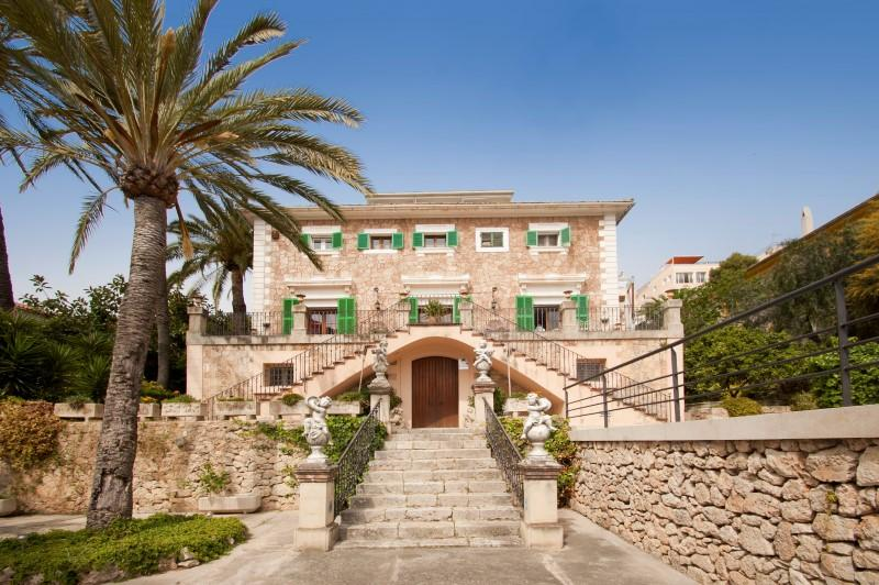 Casa Unifamiliar por un Venta en Mansion overlooking the bay of Palma Palma, Mallorca 07003 España