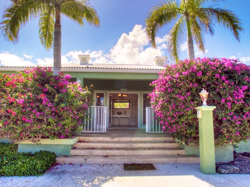 Additional photo for property listing at Provo Golf Course Villa Pebble Beach Drive Leeward, Providenciales TCI BWI Turks And Caicos Islands
