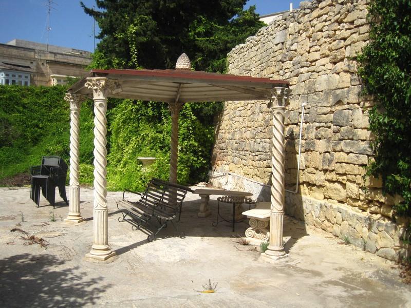 Single Family Home for Sale at Beautiful Balzan Villa Balzan, Central BZN 9010 Malta