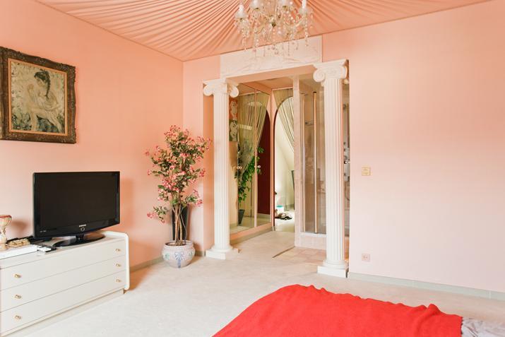 Property Of Apartment - Champs Elysées