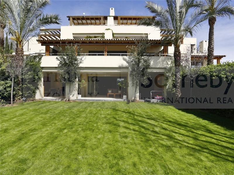 Loft/Duplex pour l Vente à Exceptional duplex on the Golden Mile Marbella, Costa Del Sol, 29600 Espagne