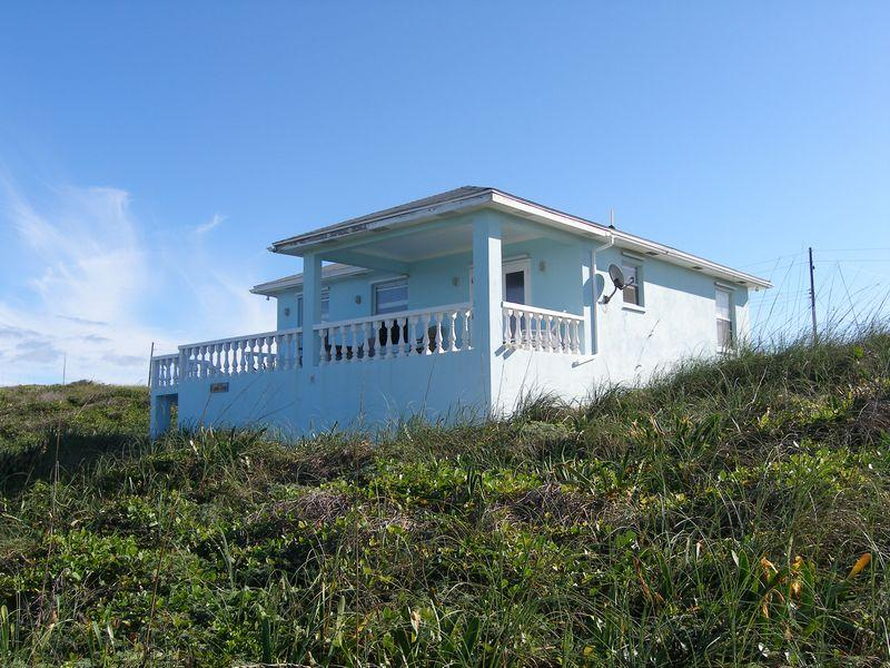 Single Family Home for Sale at Island Time Rainbow Bay, Eleuthera Bahamas