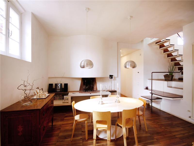Additional photo for property listing at Beautiful apartment with views of Piazza del Campo  Siena, Siena 53100 Italie