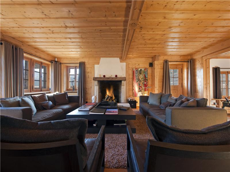 Property Of Elegant chalet with old timber mazot and clear vie