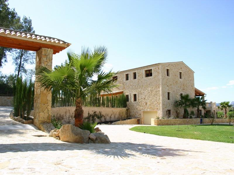 Single Family Home for Sale at First-Class Finca Style Property in Calvia Village Calvia, Mallorca, 07184 Spain