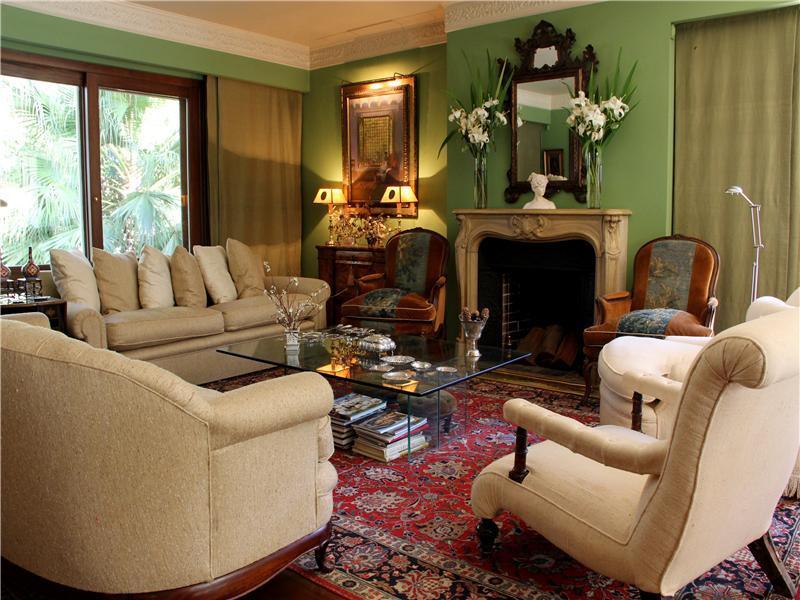 Casa Unifamiliar por un Venta en Peaceful and Elegant Carrasco Montevideo, Montevideo 11500 Uruguay