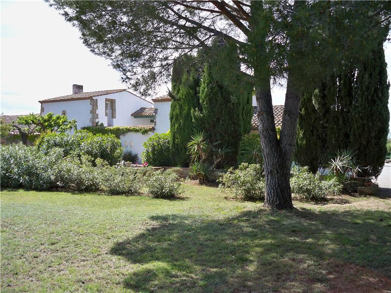 Additional photo for property listing at NARBONNE PROPRIETE ENTRE MER ET VIGNOBLES  Narbonne, Languedoc-Roussillon 11000 France