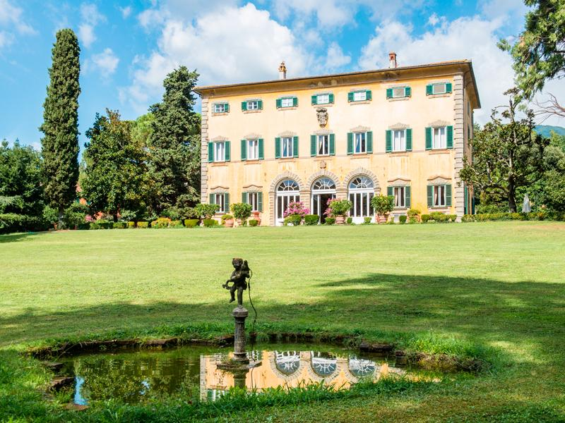Single Family Home for Sale at Prestigious historic mansion in Lucca Via delle Ville Lucca, Lucca 55100 Italy
