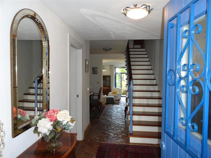 Property Of Gorgeous and private townhouse