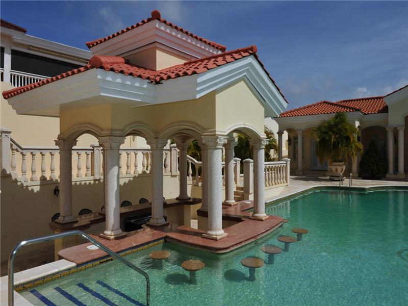 Additional photo for property listing at Beautiful Estate with César Palace Inspirited Pool Malmok, 阿鲁巴 阿鲁巴岛