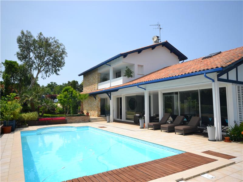 Single Family Home for Sale at On the golf of Bassussarry Biarritz, Aquitaine 64200 France