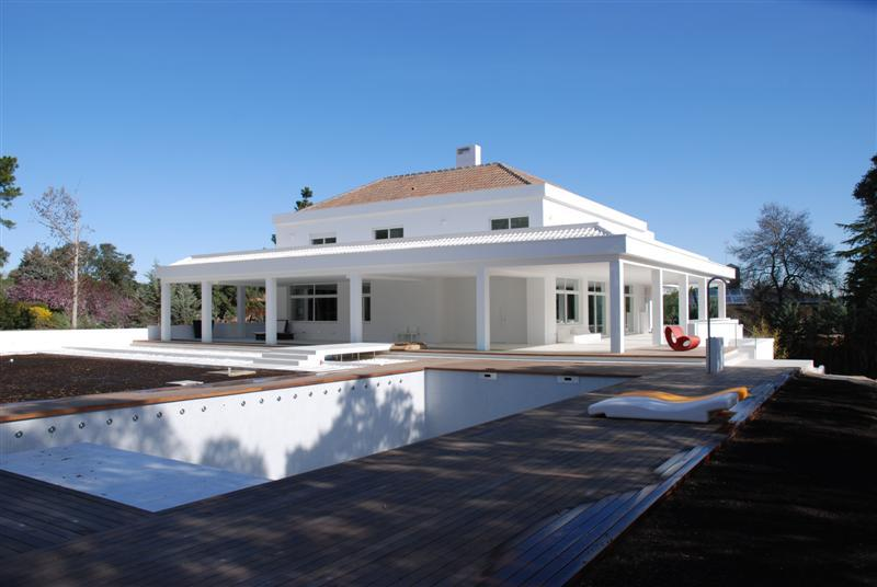Single Family Home for Sale at Where Serenity and Modern Architecture Meet Madrid, Madrid, 28108 Spain