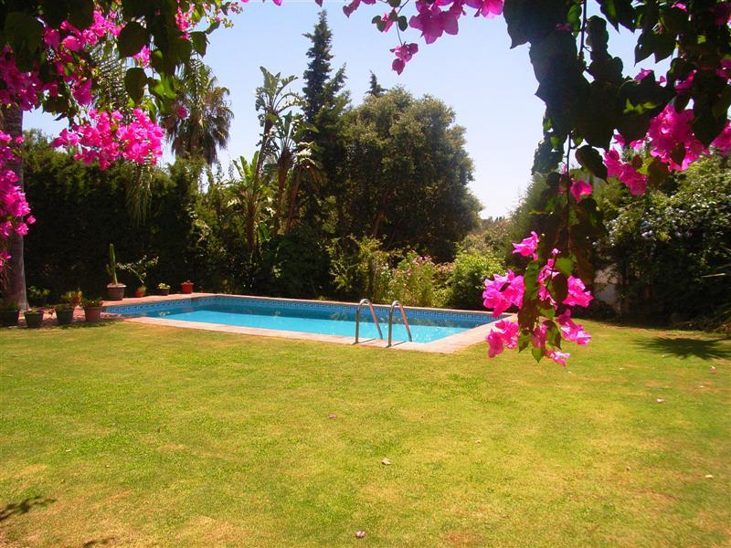 Property Of Stunning Southwest facing  villa in Sotogrande Cos