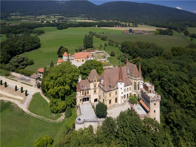 Other Residential for Sale at Historical Castle Other Neuchatel, Neuchatel 2023 Switzerland