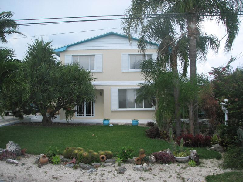 Single Family Home for Sale at Hilltop 22nd Street - Spanish Wells Spanish Wells, Eleuthera Bahamas