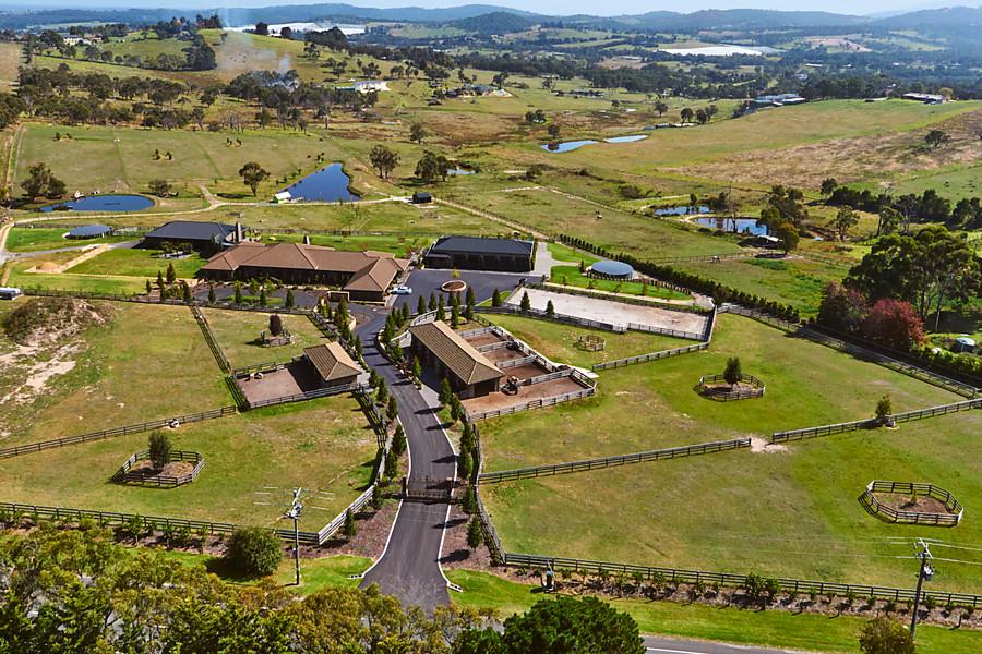 Otros residenciales por un Venta en 291-297 Harkaway Road, Narre Warren North Melbourne, Victoria 3804 Australia