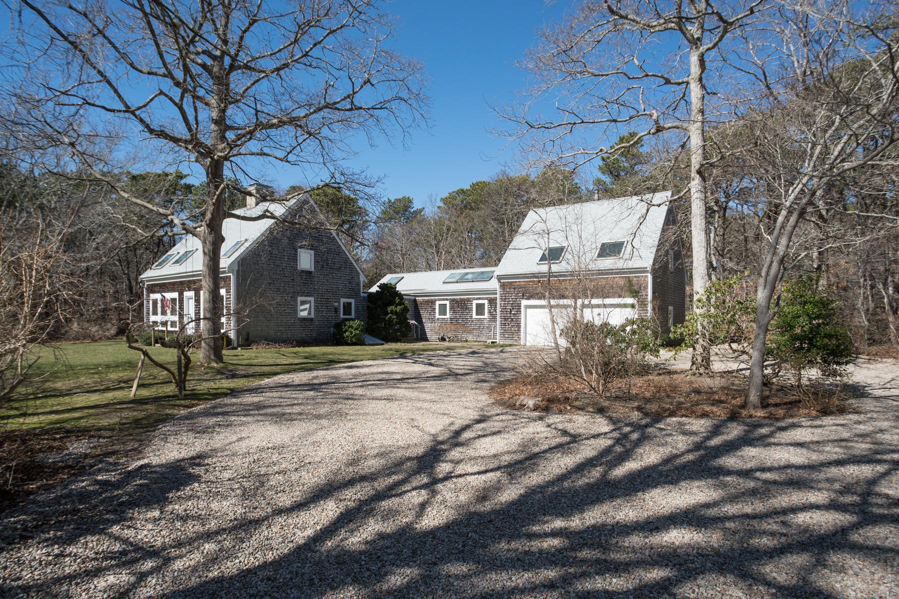Moradia para Venda às 37 Johnson Lane, Dennis, MA Dennis, Massachusetts, 02638 Estados Unidos
