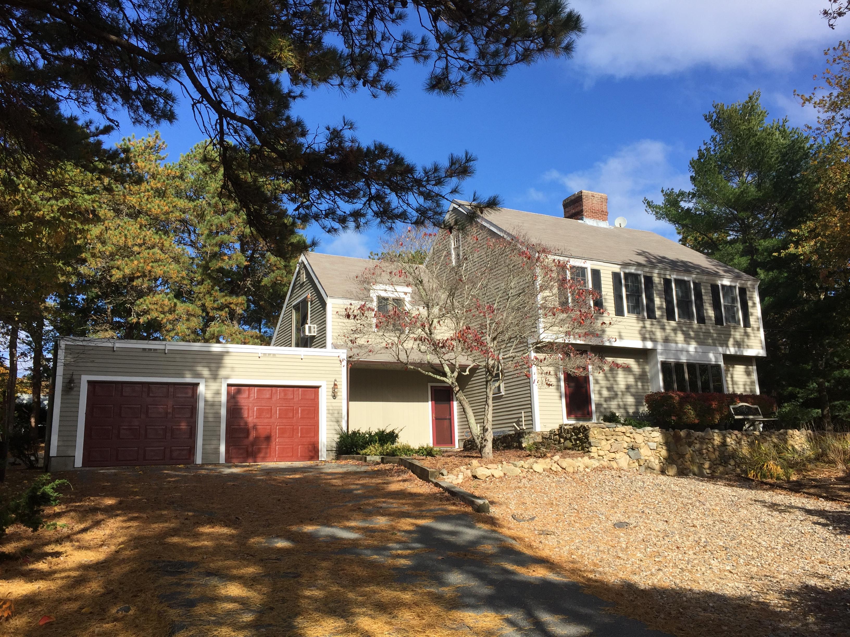 Частный односемейный дом для того Продажа на East Dennis Destination 66 Carol Drive Dennis, Массачусетс, 02641 Соединенные Штаты