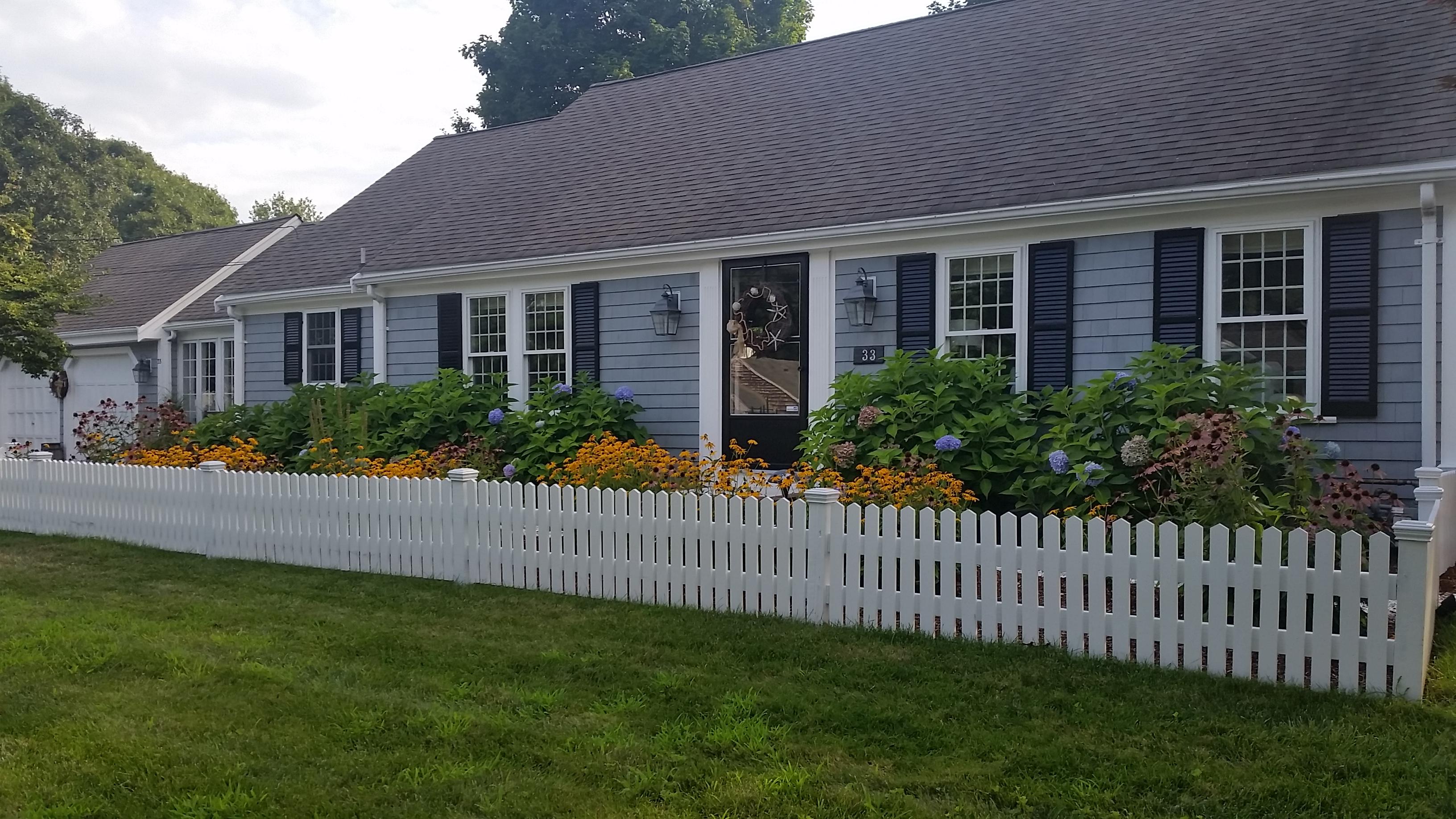 Частный односемейный дом для того Продажа на Views of Grand Cove 33 Alburmar Road Dennis, Массачусетс, 02670 Соединенные Штаты