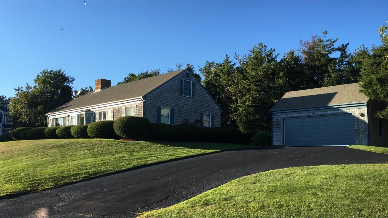 Vivienda unifamiliar por un Venta en Rare Opportunity 12 Pond Street Chatham, Massachusetts, 02633 Estados Unidos