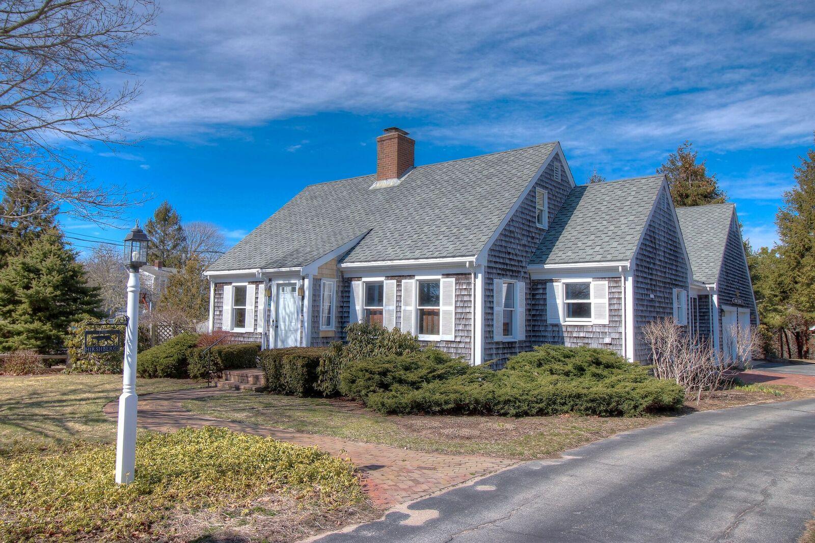 Single Family Home for Sale at 6 Sunrise Lane, Harwich, MA Harwich, Massachusetts, 02661 United States