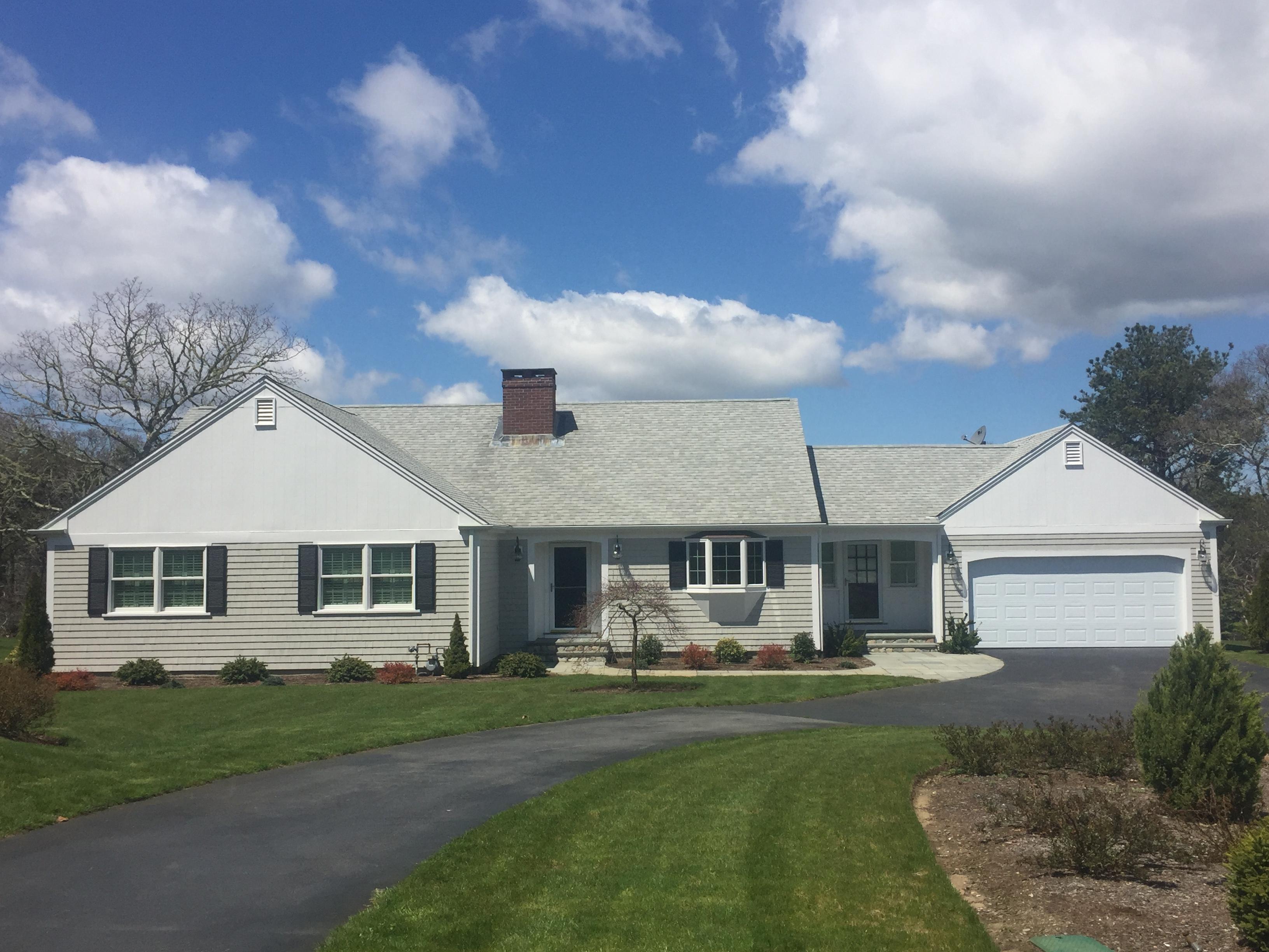 Villa per Vendita alle ore PEACEFUL LOCATION 345 Riverview Drive Chatham, Massachusetts, 02633 Stati Uniti