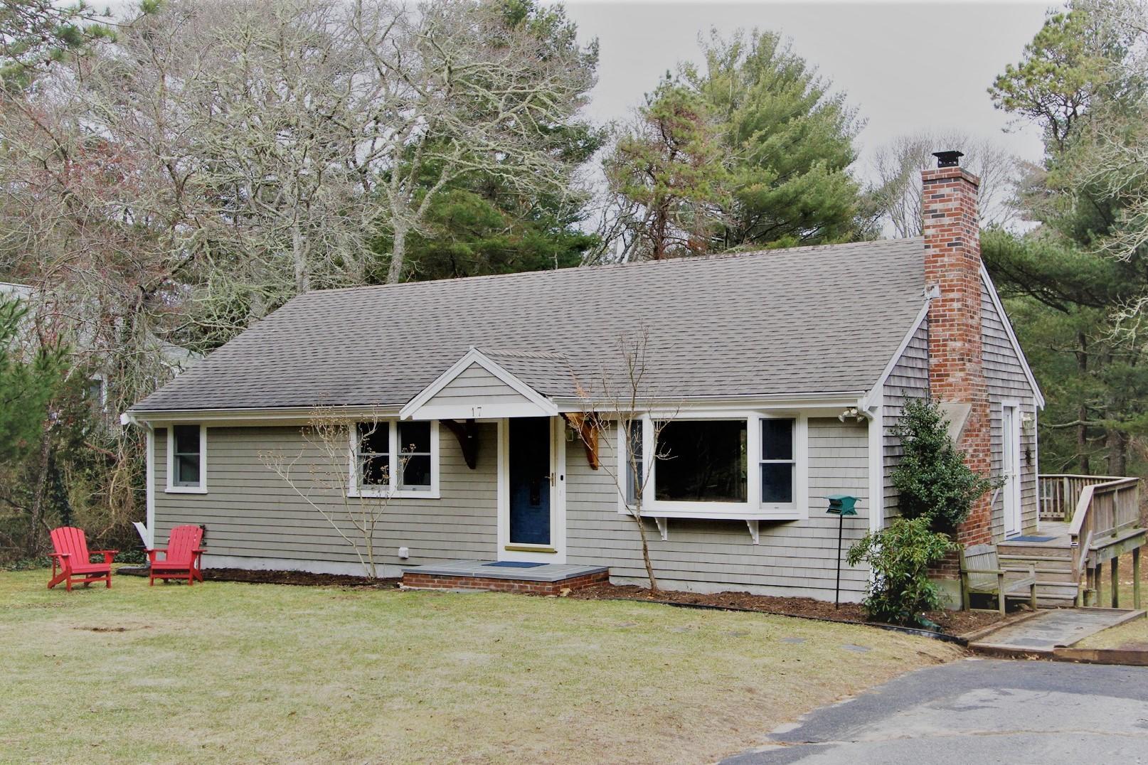 واحد منزل الأسرة للـ Sale في 17 Bridle Path Road, Brewster, MA Brewster, Massachusetts, 02631 United States