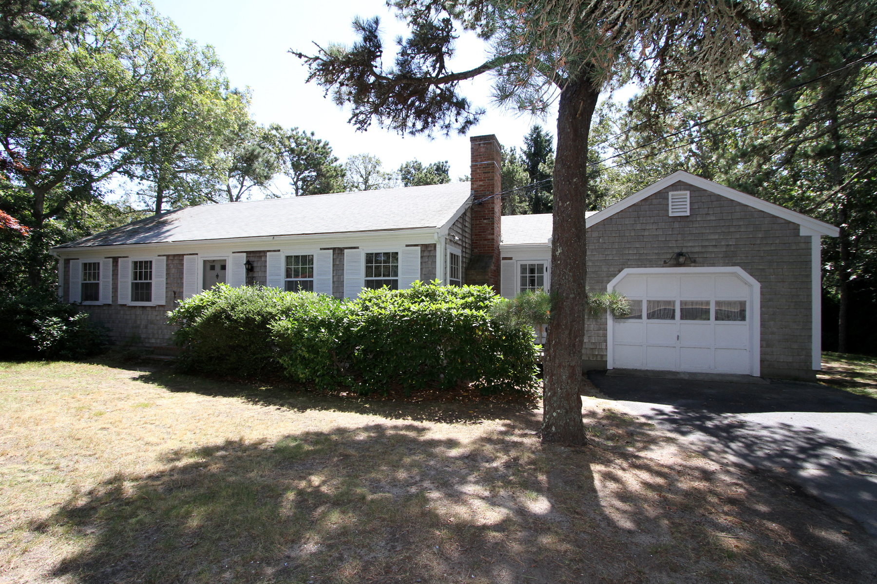 Property For Sale at SUNROOM, FIREPLACE, GARAGE