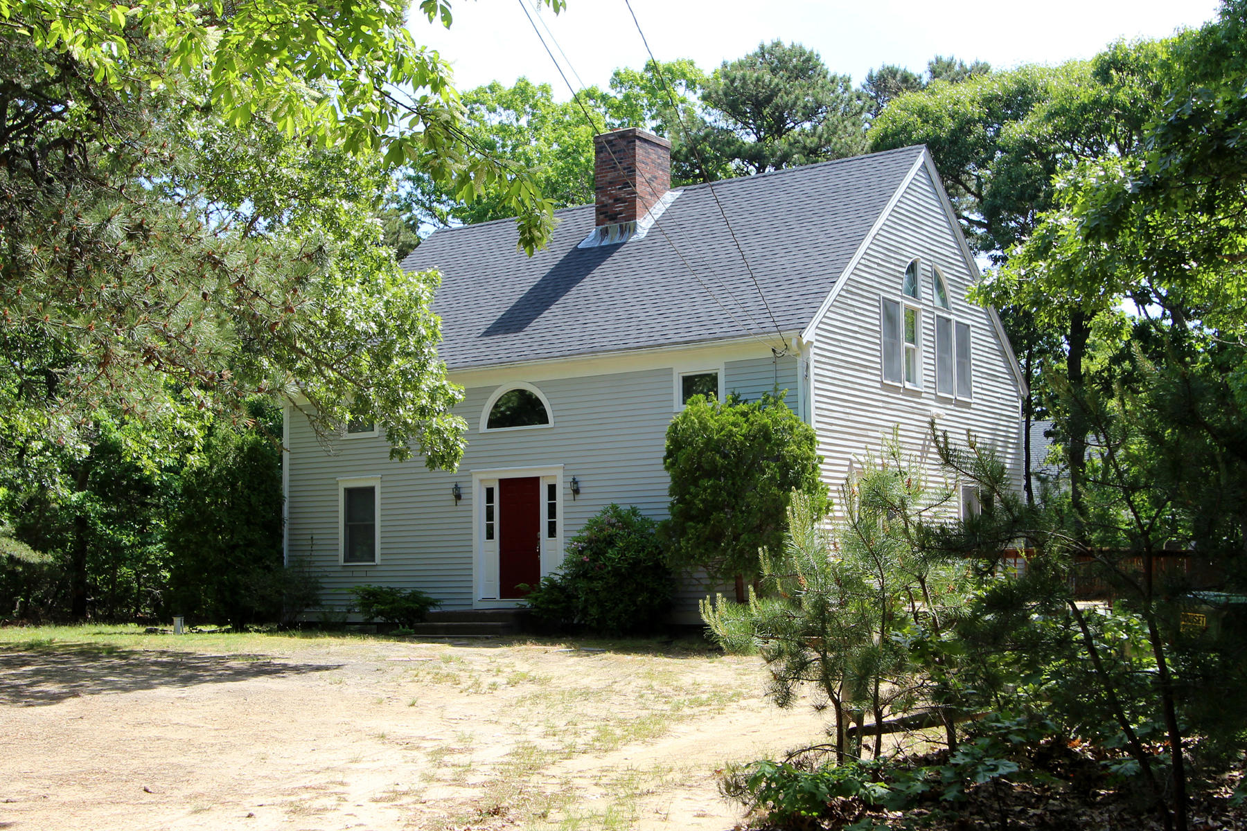 Single Family Homes for Sale at 10 Hoyt Road, Eastham, MA 10 Hoyt Road Eastham, Massachusetts 02642 United States
